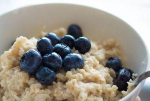 Detoxikační jídelníček - rýže s borůvkami