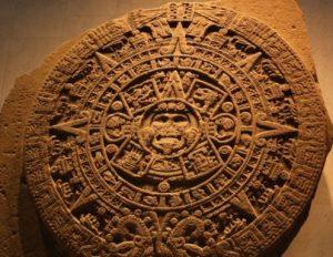 Aztékové, aztécká hlína