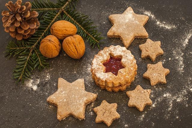 Ořechy, vánoční cukroví