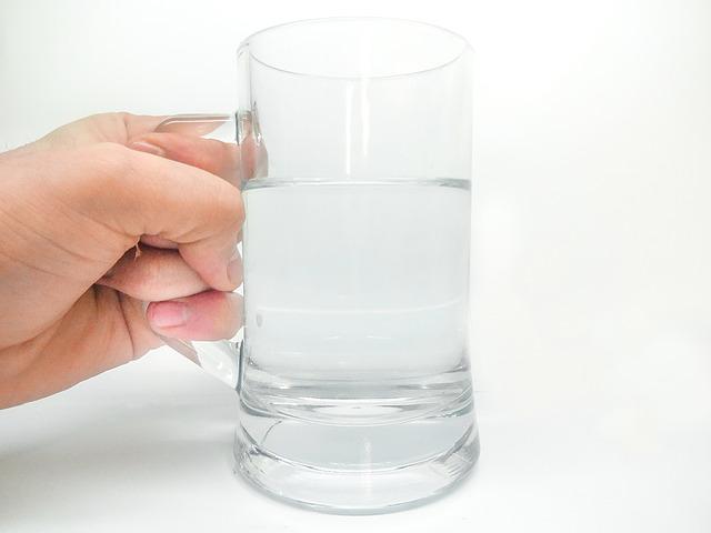 Voda. Jak pít víc?