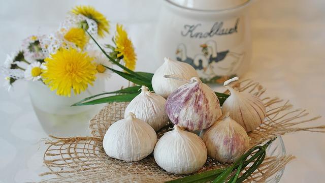 Česnek - potraviny, jarní očista