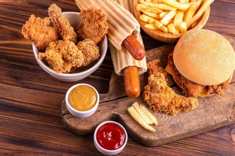kalorické jídlo obezita