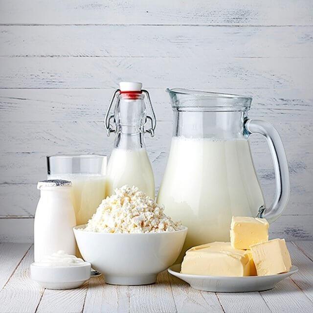 Mléčné low carb potraviny.