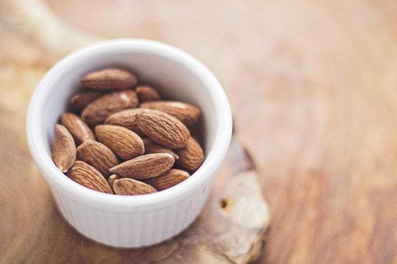 Ořechy - bílkovinový snack