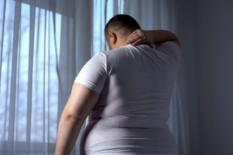 Ve studii ztratila skupina konzumující vysoký obsah bílkovin v průměru o 43% více tuku než skupina s vysokým obsahem sacharidů.